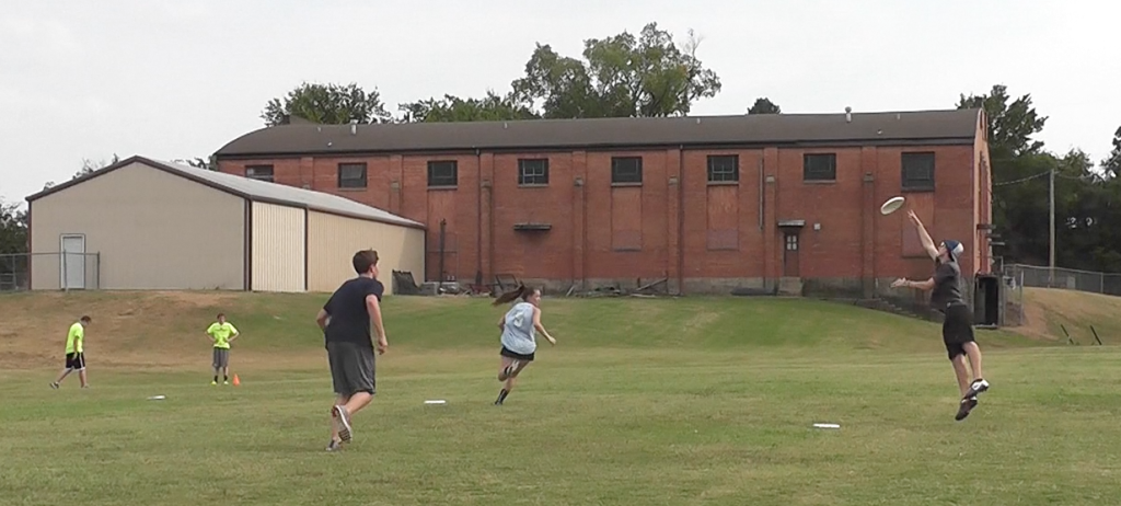 Newly-formed team tries Ultimate Frisbee