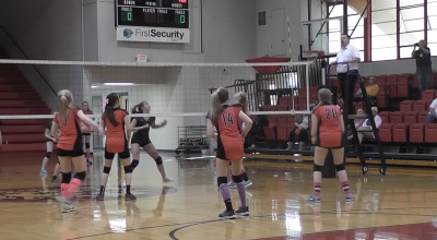 Volleyball raises money for breast cancer awareness