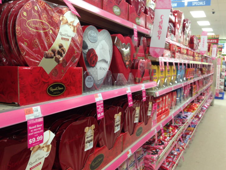 Students, workers prepare for Valentine's day
