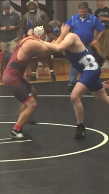 Searcy Wrestling Dominates Duals