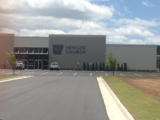 The New Life Church building in Searcy
