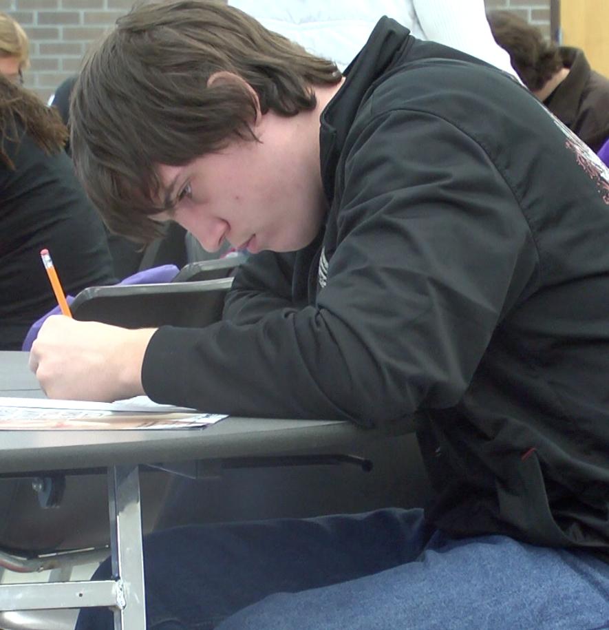 Seniors rewarded for literacy scores
