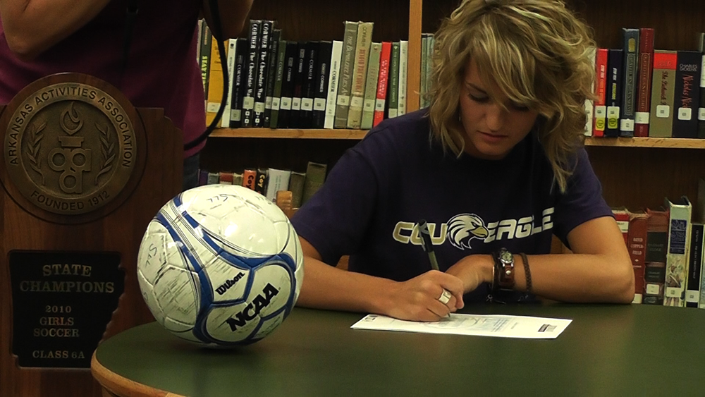 Senior signs to play soccer in Ohio